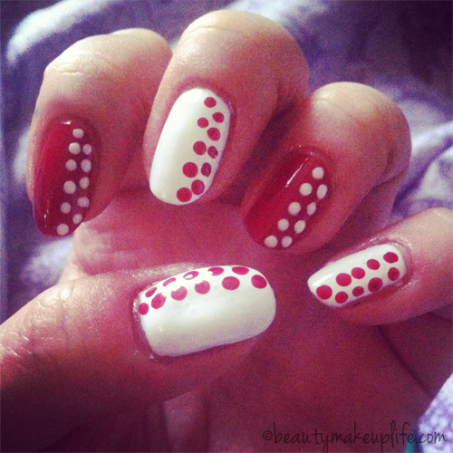 Chanel manicure a pois bianca e rossa